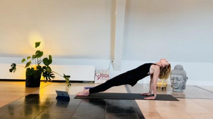 20 min. Yoga - Margot - 15 mrt. 2021