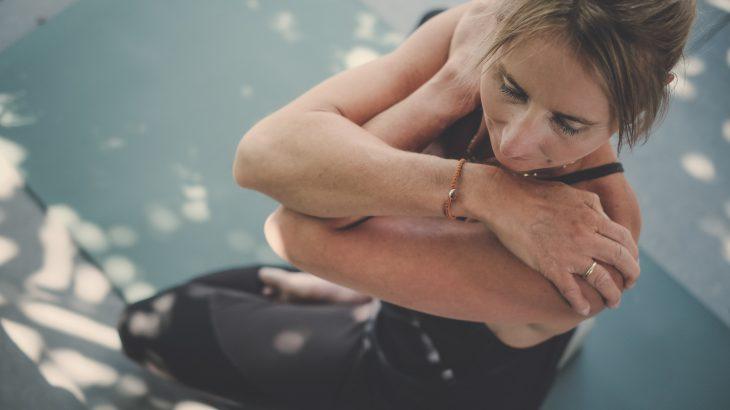 Yoga voor beginners - 4 weekse lesreeks yin yang met tibetaanse helende yoga